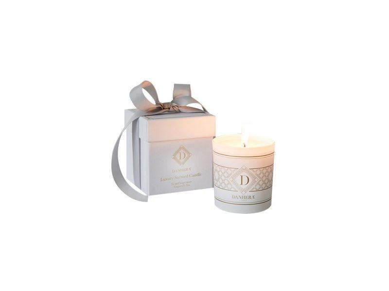 danhera_white_candle