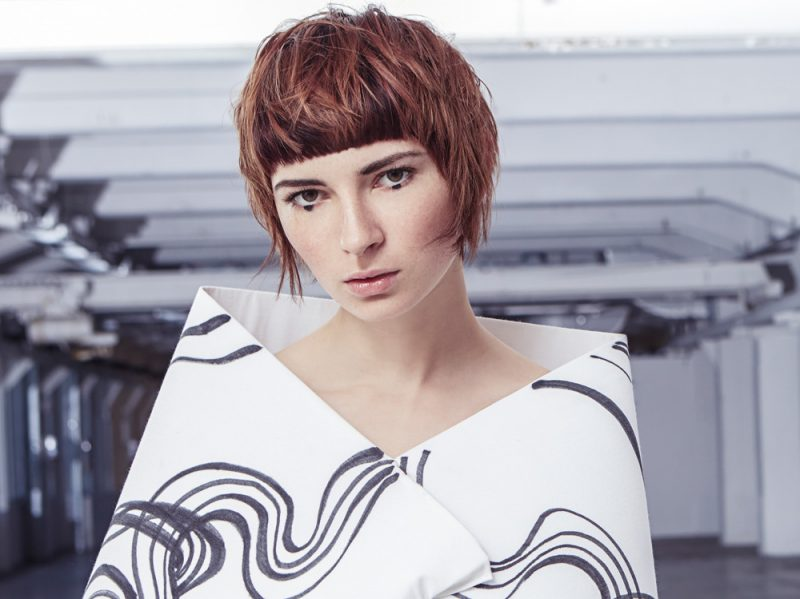 frangia capelli autunno inverno 2017 2018 WELLA_AHS_collezione_AI2018_3