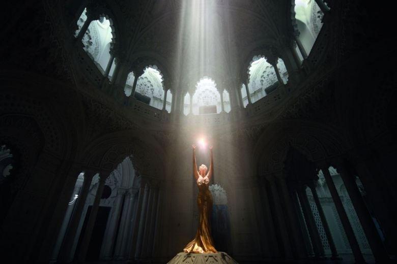 Il profumo della vita fa battere il cuore e infonde energia…      come     Angel e Alien