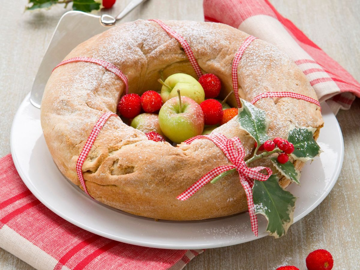 Ciambellone di Natale alle mele