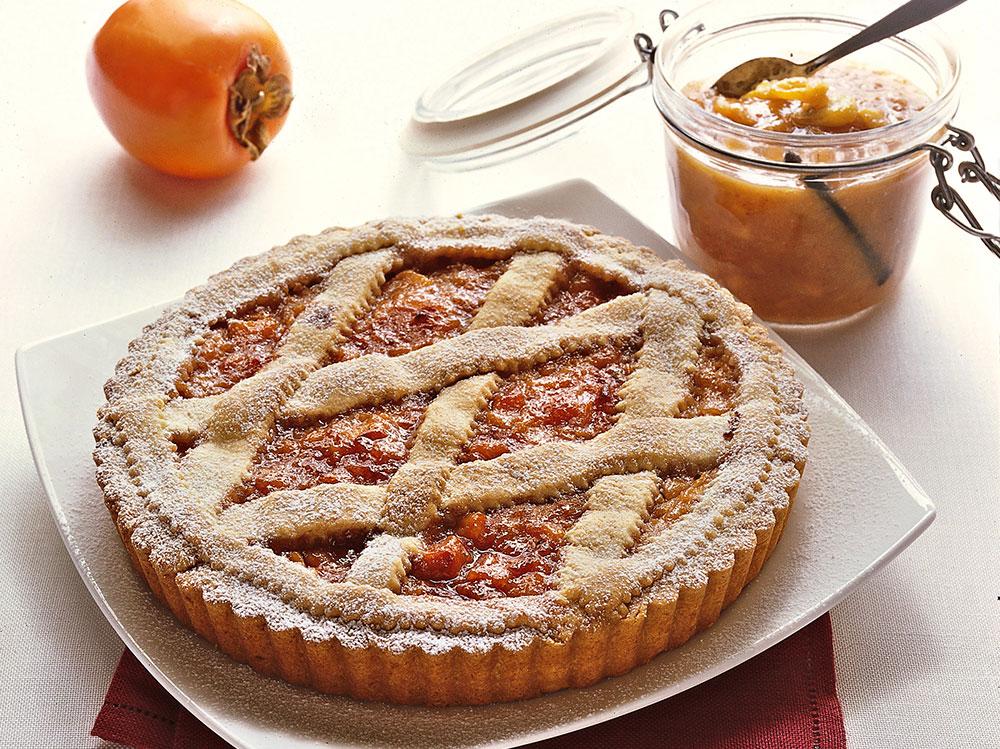 Crostata-con-marmellata-di-cachi-e-amaretti