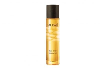 Olio-per-capelli-per-quali-chiome-quando-e-come-usarlo-CAUDALIE-HUILE-DIVINE