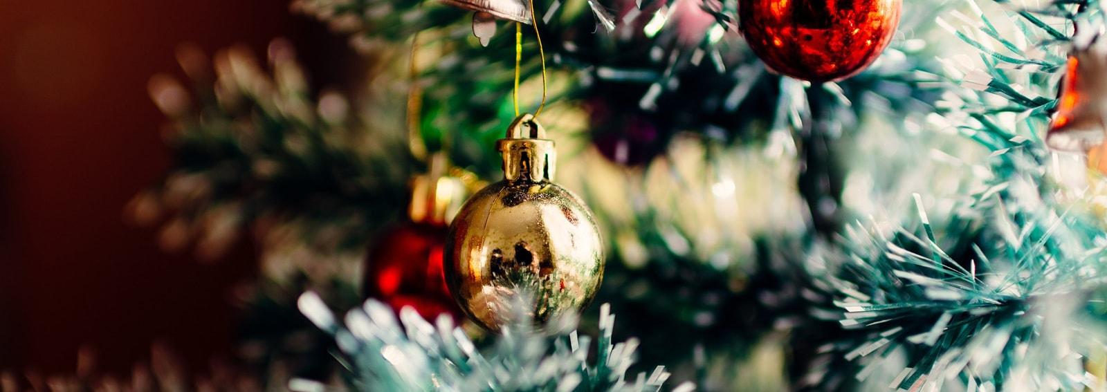 Palline Di Natale Con Rametti come addobbare l'albero di natale più bello della vostra