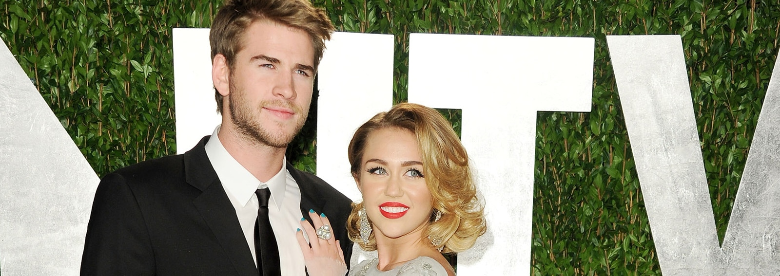 cover miley cyrus liam hemsworth sposati desktop