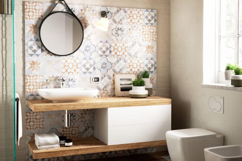 Come abbinare piastrelle e rivestimento in bagno