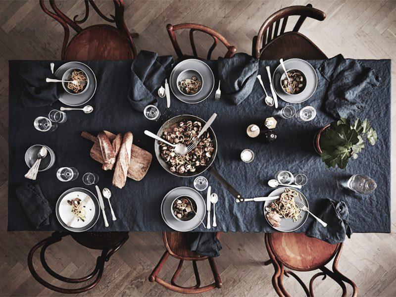cover-tavolo-monoscromo-mobile