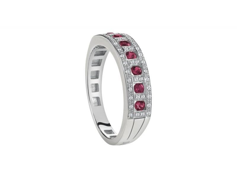 damiani-anello-Belle-Epoque-in-oro-bianco-con-diamanti-e-rubini