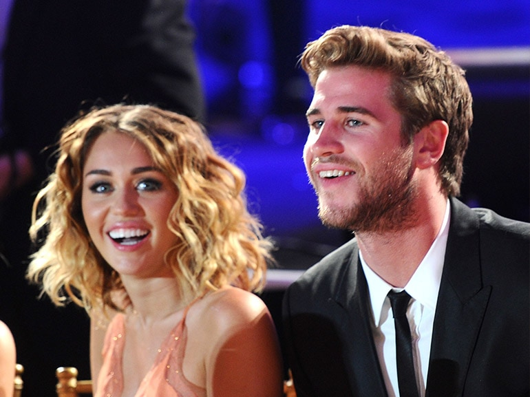 miley cyrus liam hemsworth cena