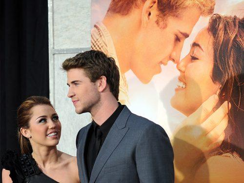 che è Liam Hemsworth dating ora 2013 Ohio stato dating sito Web