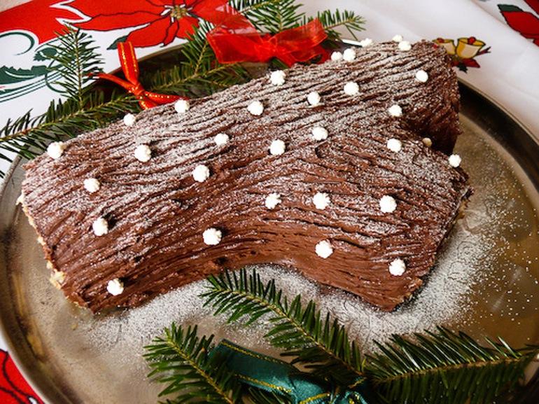 tronchetto-natale-dolce-tipico-natalizio-Piemonte