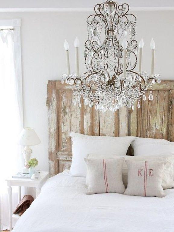 Come riutilizzare una vecchia porta nell 39 arredamento di casa - Testata del letto ...