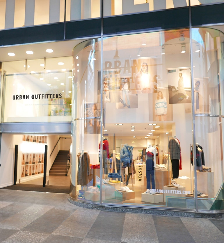 Urban-Outfitters_Milan-Store-LOW(1)