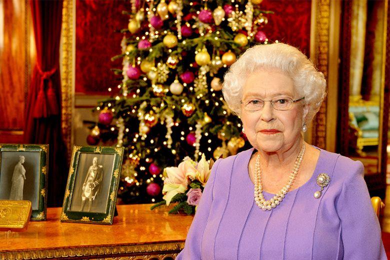 Cosa succede alla festa di Natale supersegreta della Regina Elisabetta