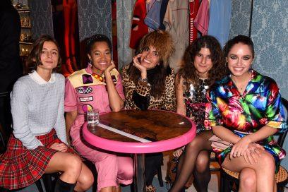 Miu Miu Club: il cocktail party in boutique