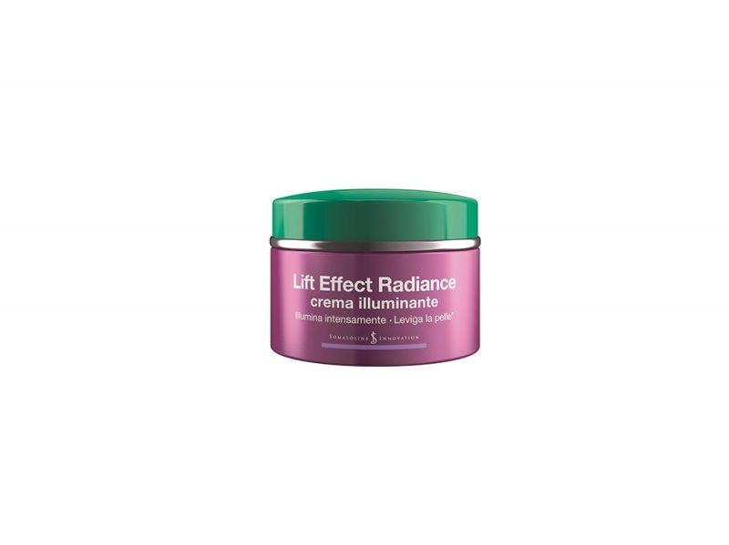 pelle-in-inverno-come-difenderla-dalla-aggressioni-esterne-donarle-colorito-e-luminosita-Somatoline Cosmetic – Lift Effect Radiance crema illuminante