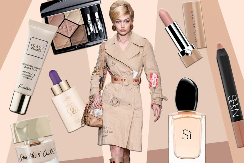 Prodotti di bellezza beige: make up, skin care, profumi e accessori chic