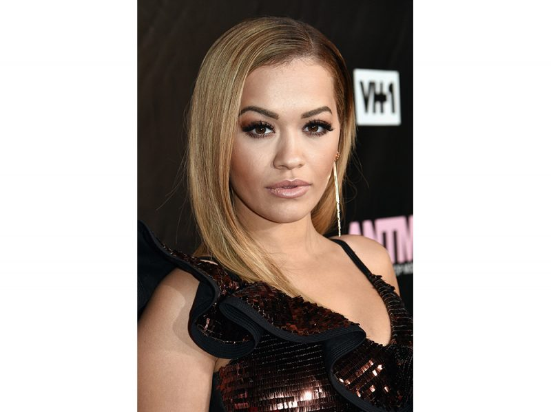 rita-ora-make-up-9