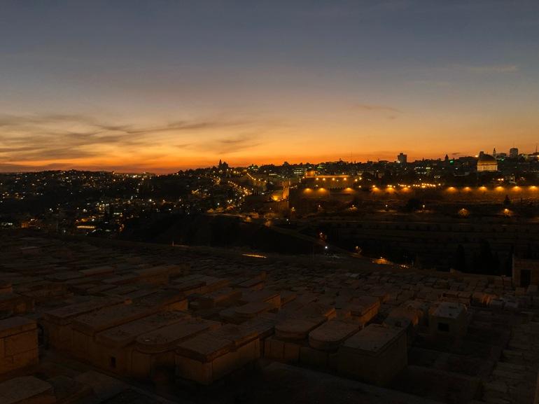 tramonto monte olivi