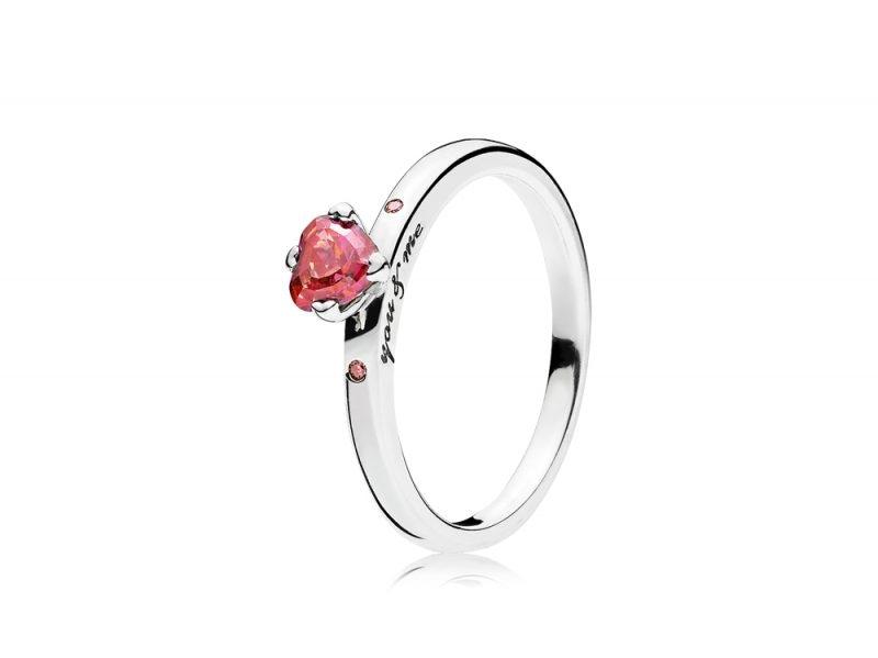 anello con cuore pandora