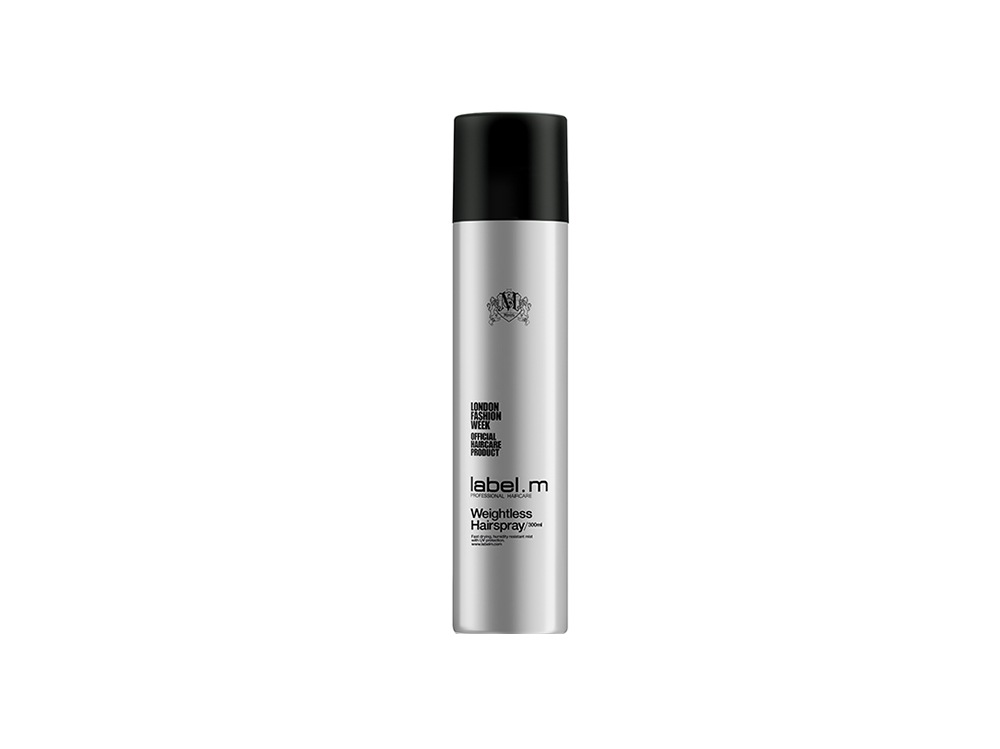 Capelli-come-mantenere-la-riga-laterale-Label M_Can_300ml_Weightless Hairspray-bs-915
