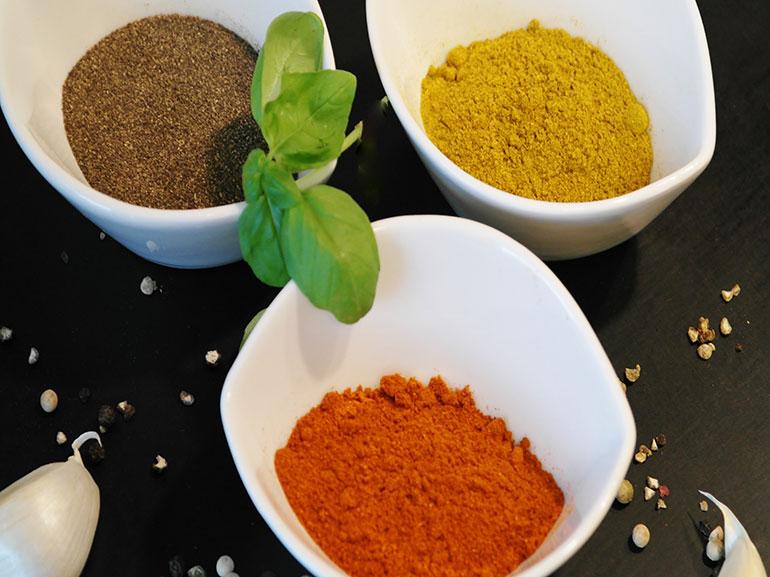 Colazione-pepe-cayenna-per-riattivare-il-metabolismo-benefici-salute-benessere-dimagrire