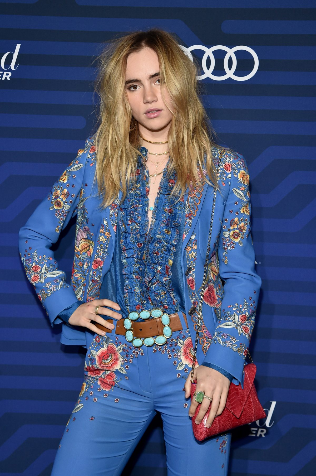 suki-waterhouse-migliori-beauty-look-01