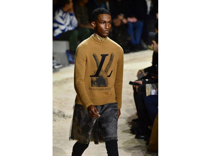Louis-Vuitton_full_M_F18_PA