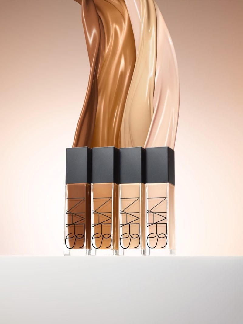 NARS Natural Radiant Longwear Foundation Fluid Stylized Image – tif