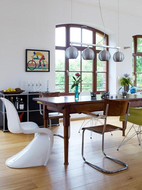 Tavolo Vecchio Con Sedie Moderne.Come Abbinare Tavolo Antico E Sedie Moderne Grazia It