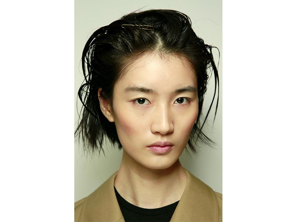 capelli effetto bagnato primavera estate 2018 (14)