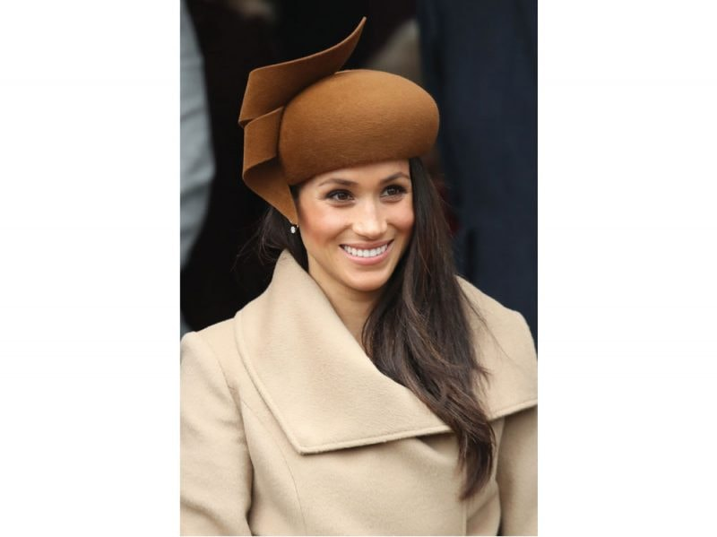 meghan-markle-copia-il-look-rossetto-preferito–(12)