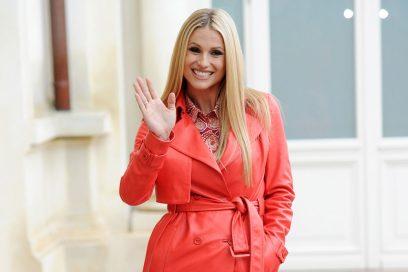 Michelle Hunziker, signora (in rosso) di Sanremo 2018