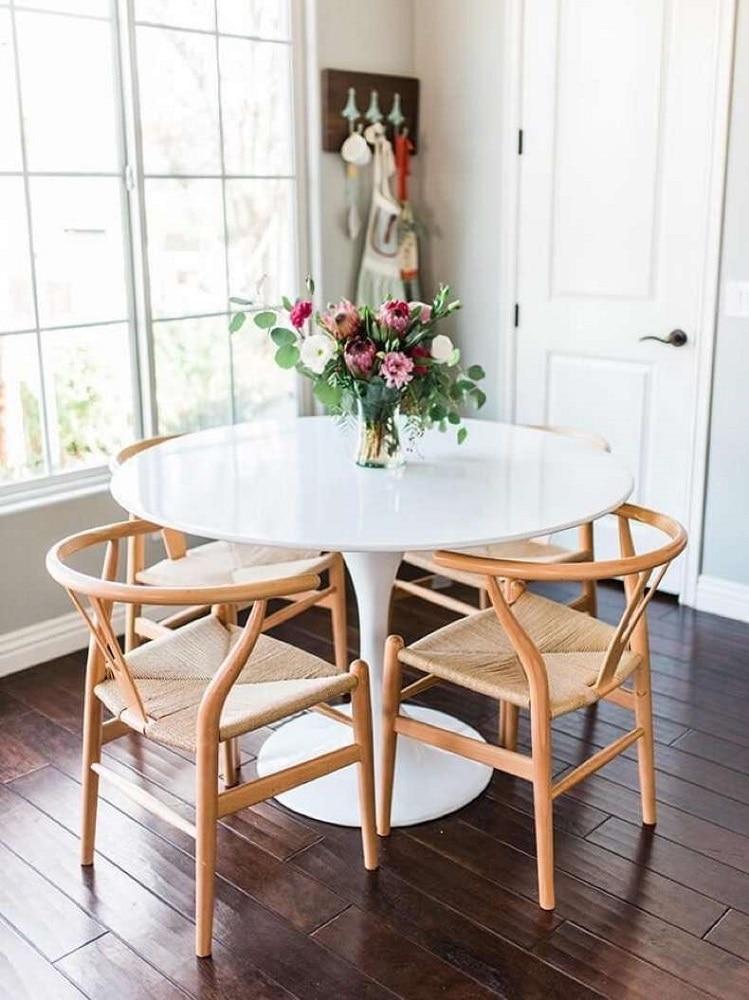 Come inserire il tavolo in una cucina piccola 10 idee da copiare - Cucina con tavolo e sedie ...