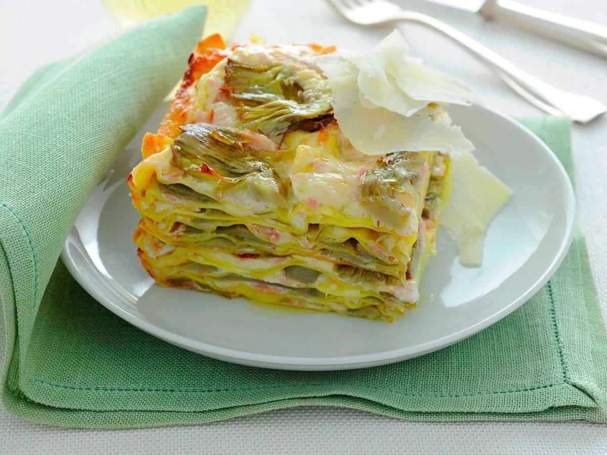 Lasagne al forno con carciofi e prosciutto