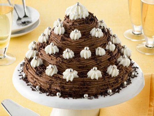 Ricetta Pan Di Spagna Al Cioccolato Al Latte.Torta Di Pan Di Spagna Con Crema Al Cioccolato