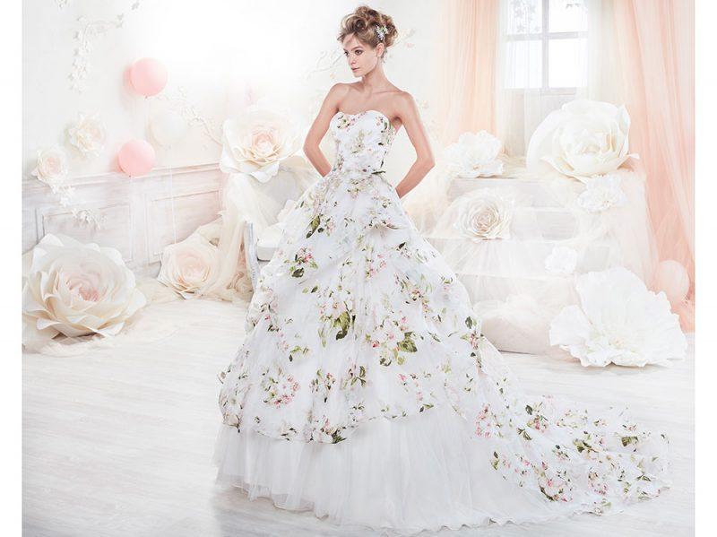 Abiti da sposa a fiori  stampati 239f9f025a5