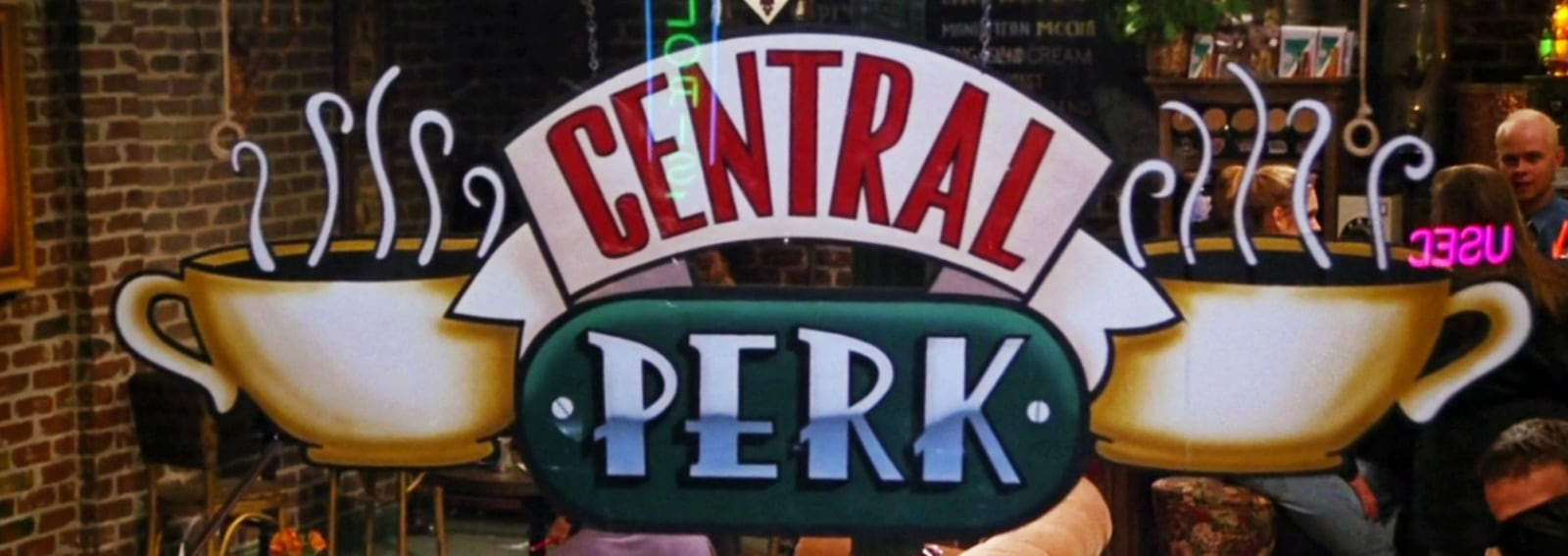cover apre vero central perk friends desktop