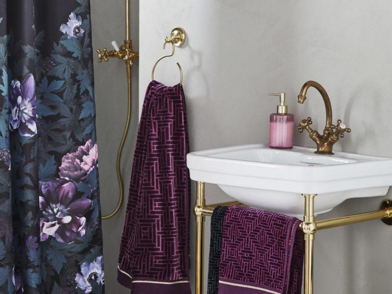 cover-arredare-bagno-molto-piccolo-mobile