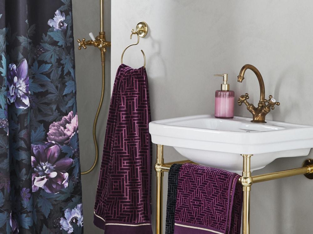 10 idee per arredare un bagno molto piccolo - Idee per arredare un bagno piccolo ...