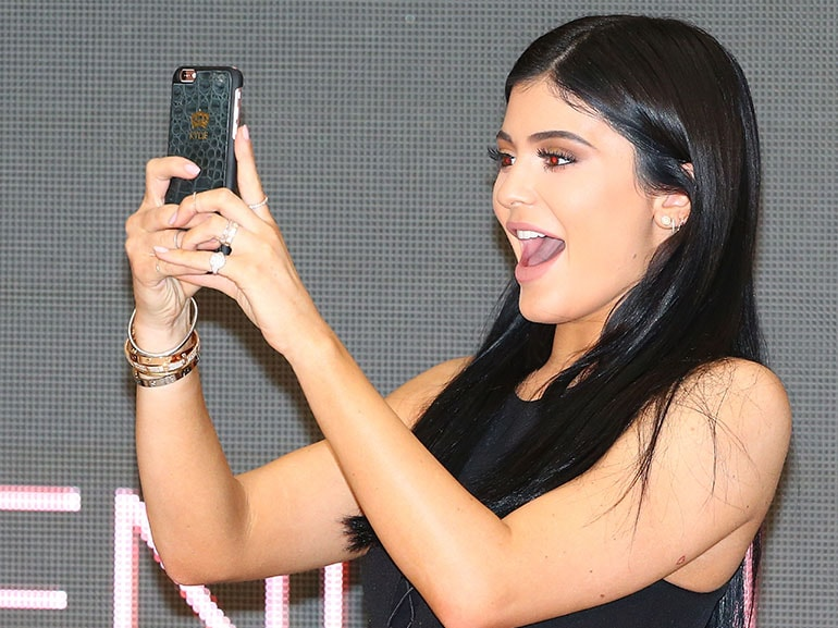 cover kylie jenner snapchat tweet mobile