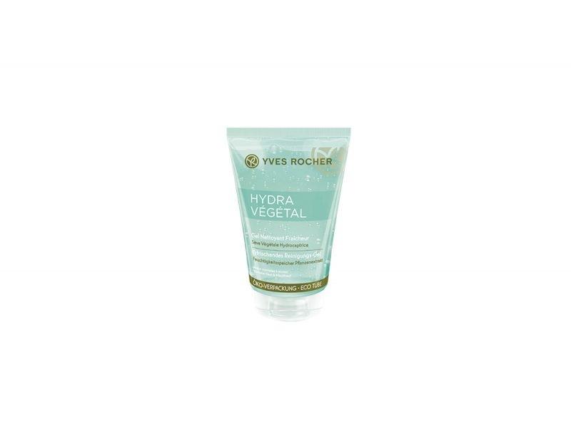 detergenti-viso-perche-usarli-come-si-scelgono-e-le-differenti-texture-YVES ROCHER -GEL NETTOYANT FRAICHEUR