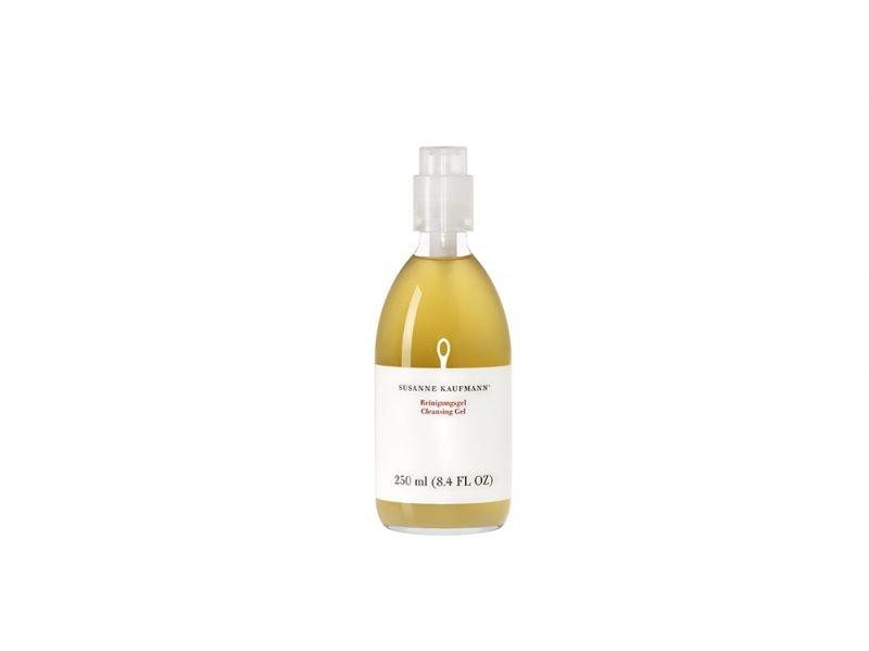 detergenti-viso-perche-usarli-come-si-scelgono-e-le-differenti-texture-sk-cleansing-gel-250ml