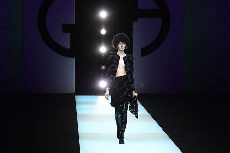 """Il glamour """"senza confini"""" di Giorgio Armani"""