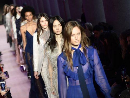 54f35eee8c50 Sfilate di Milano  le tendenze moda per l autunno-inverno 2018