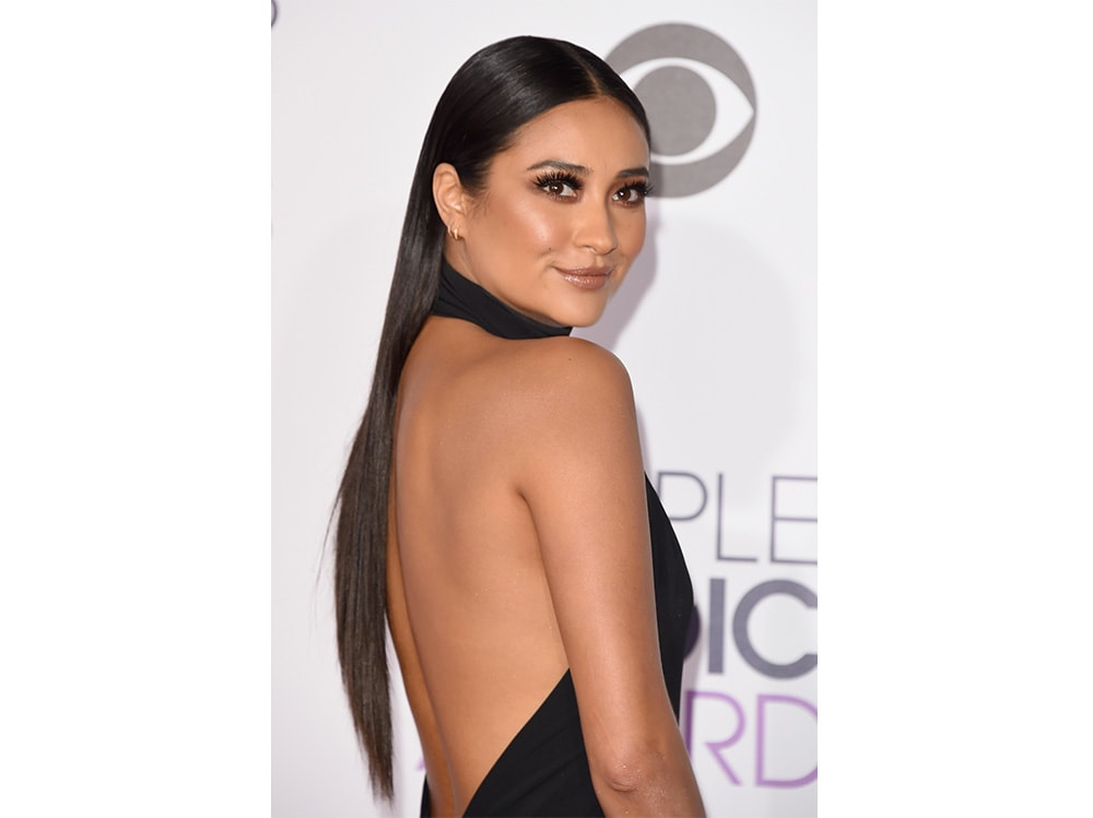 shay mitchell beauty look (2)