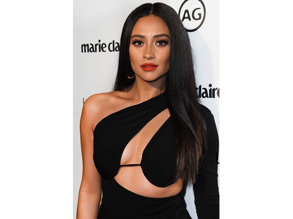 shay mitchell beauty look (3)