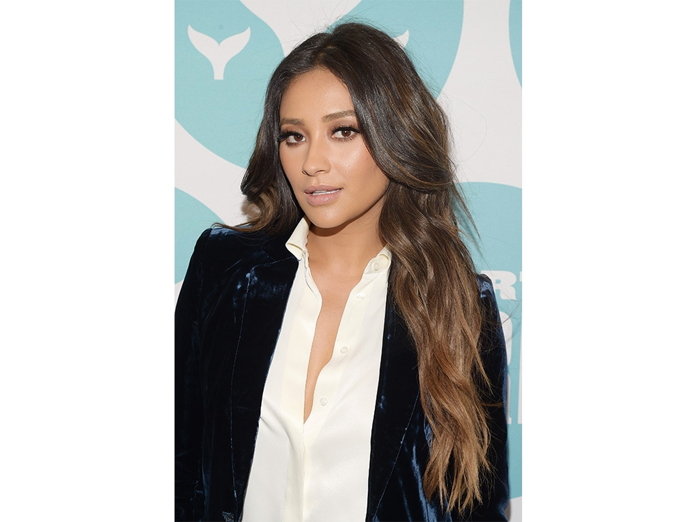 shay mitchell beauty look (5)