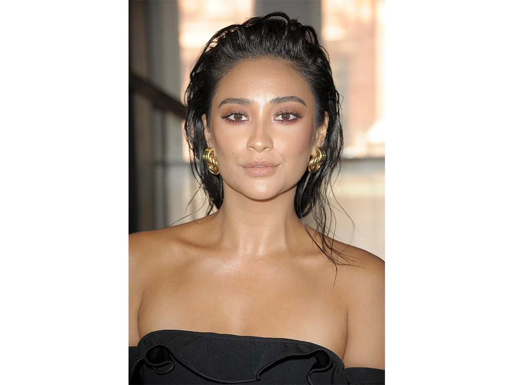 shay mitchell beauty look (6)