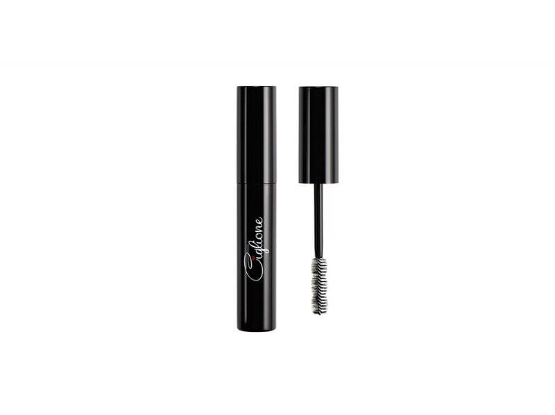 spose-3-idee-make-up-adatte-per-la-primavera-DF105111_MASCARA CIGLIONE_low_preview