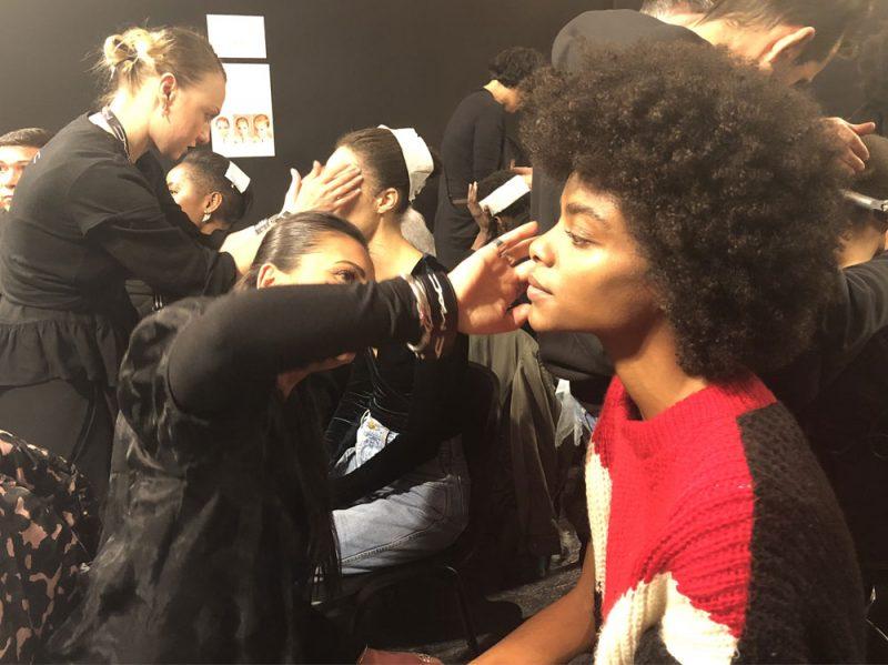 stella-jean-sfilata-make-up-mac-autunno-inverno-2018-01